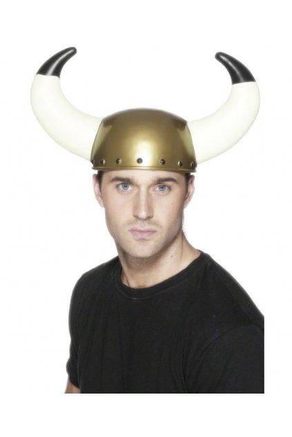 Helma Viking s dlouhými rohy