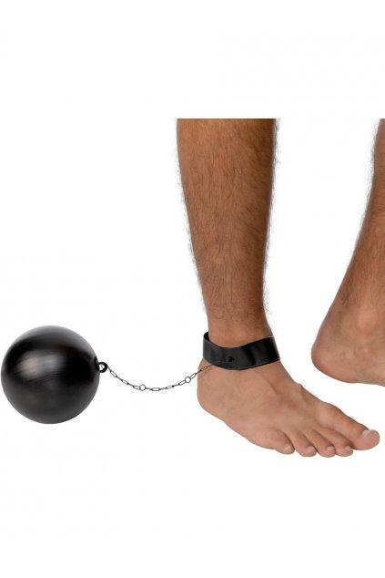 Koule na nohu