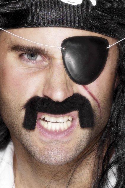 Pirátské pásky přes oko
