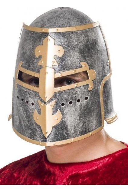 Středověká rytířská helma
