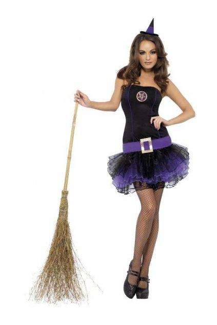 Fialový kostým čarodějky