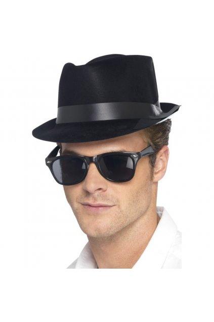 Levný klobouk mafián