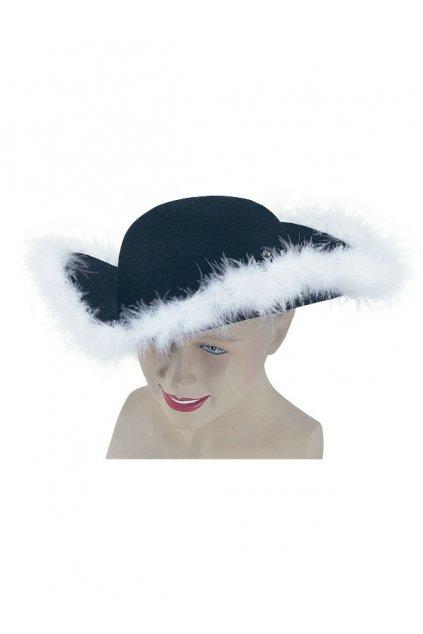 Pirátský klobouk s chmýřím