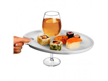 Víno a večera párty tanier