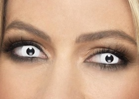 Barevné nedioptrické kontaktní čočky na Halloween