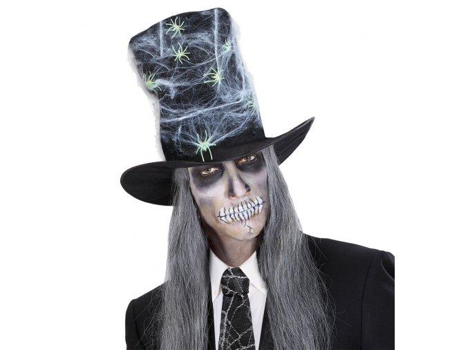 Vysoký klobouk s pavouky
