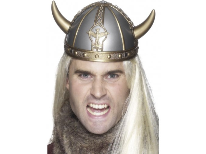 Vikingská helma s rohy