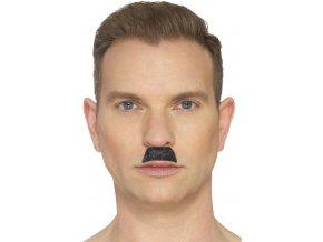 Nalepovací knír Hitler
