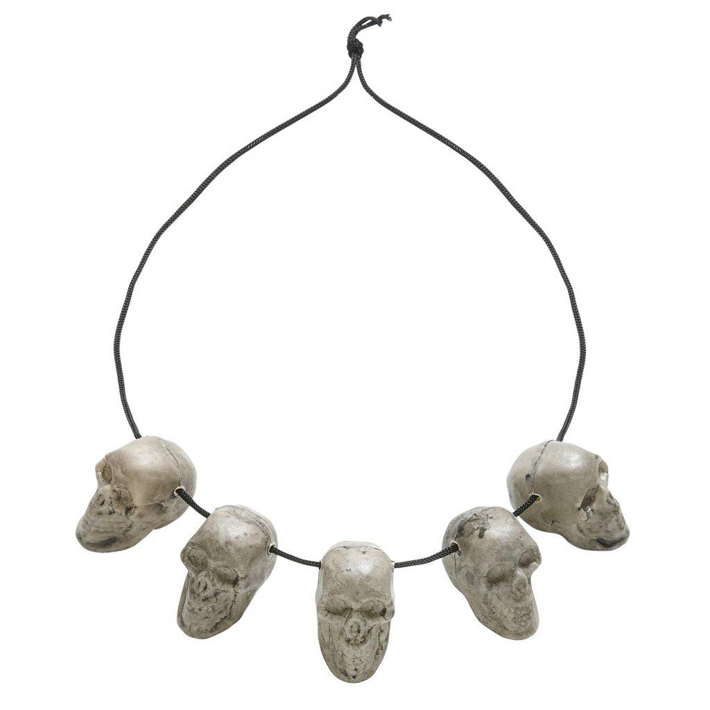 náhrdelník z lebek