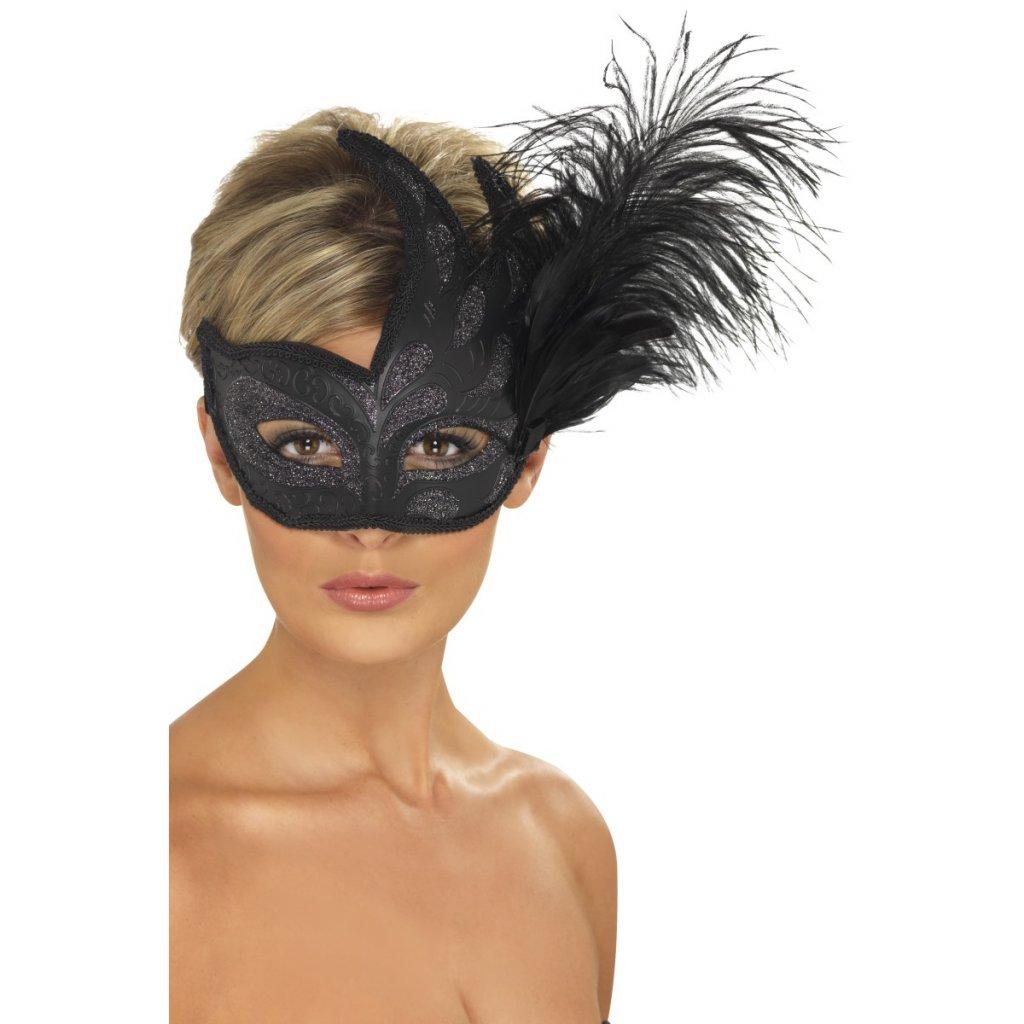 Černá benátská maska s peřím