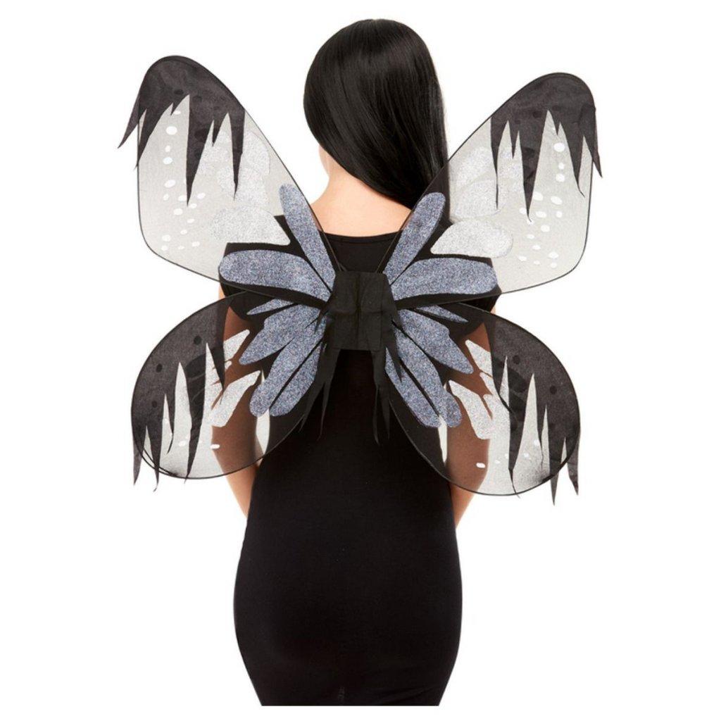 Černá motýlí křídla