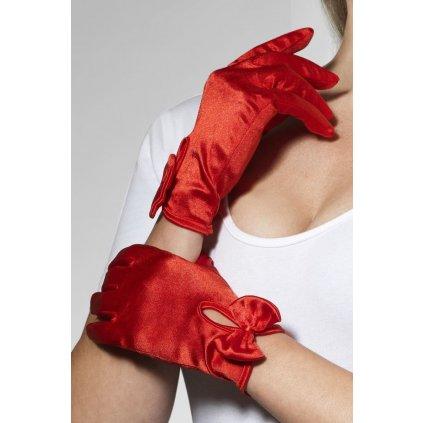 červené saténové rukavice s mašlí