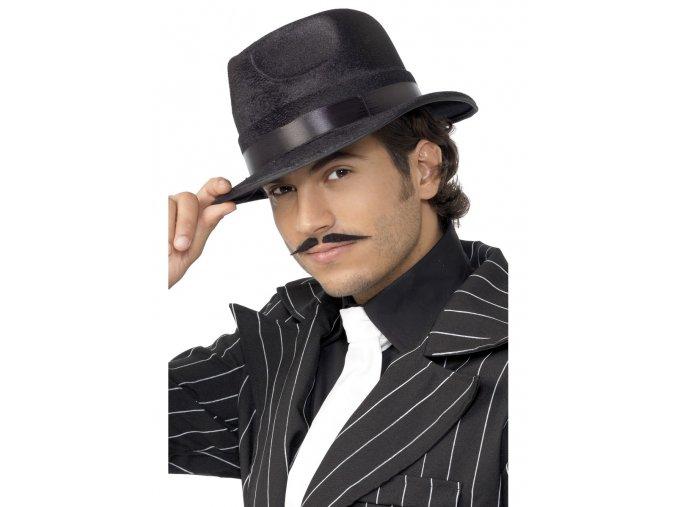 Černý mafiánský klobouk 20. léta