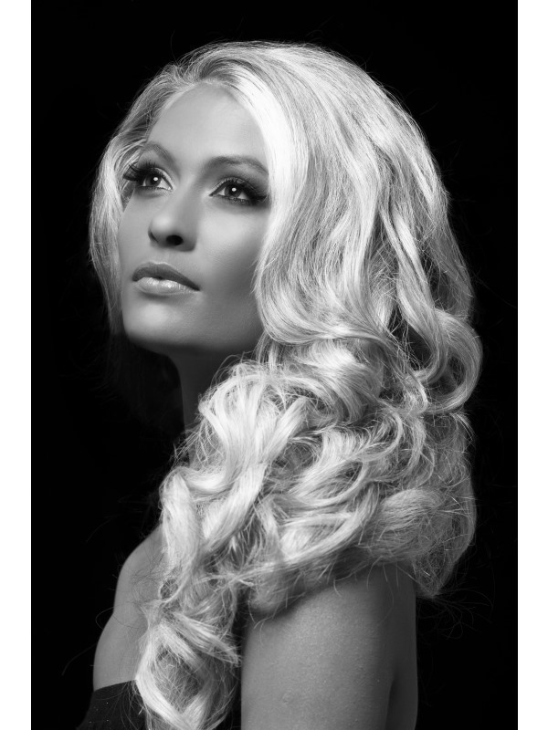 Barevný sprej na vlasy bílý