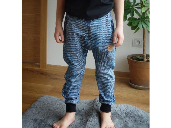 Zateplené tepláčky jeans