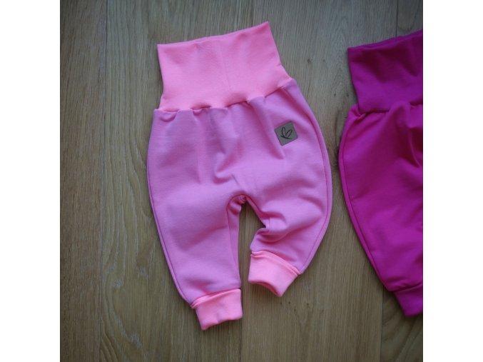Baby tepláčky světle růžové