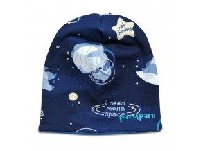 Oboustranná čepice s lenochody astronauty na modré