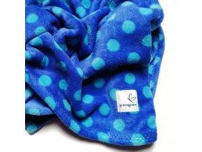 Muchlací deka modrá s puntíky