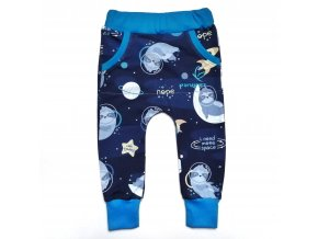 Tepláčky s lenochody astronauty na modré