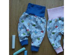 Baby tepláčky zaječí party modrá