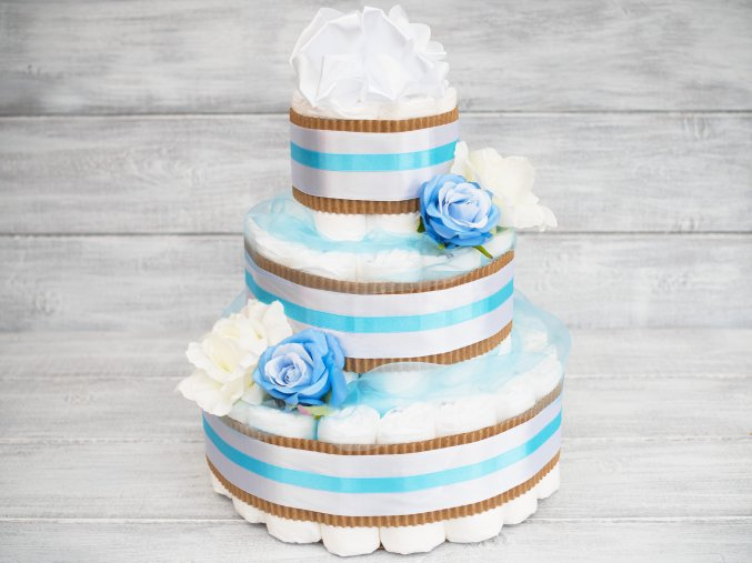 Plenkovy dort tripatrovy bilý modry pro chlapecka