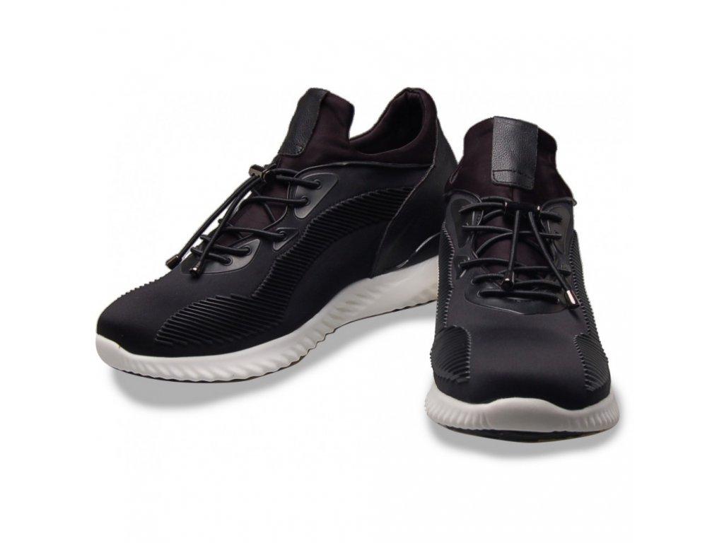 MAX242 pair crop 1000x1000