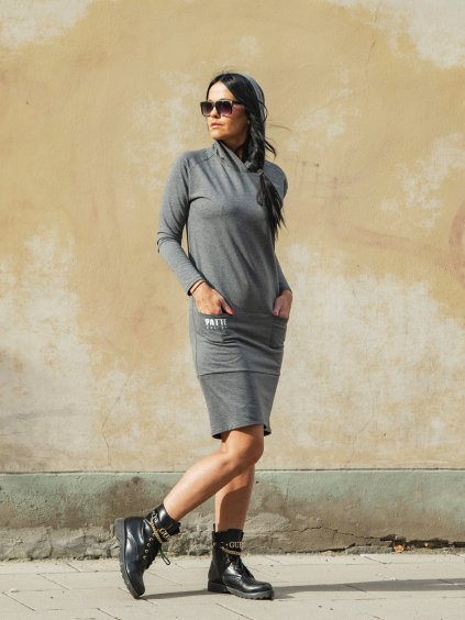 Teplákové šaty s dlouhým rukávem a kapucí Patte Ela Forte, šedé