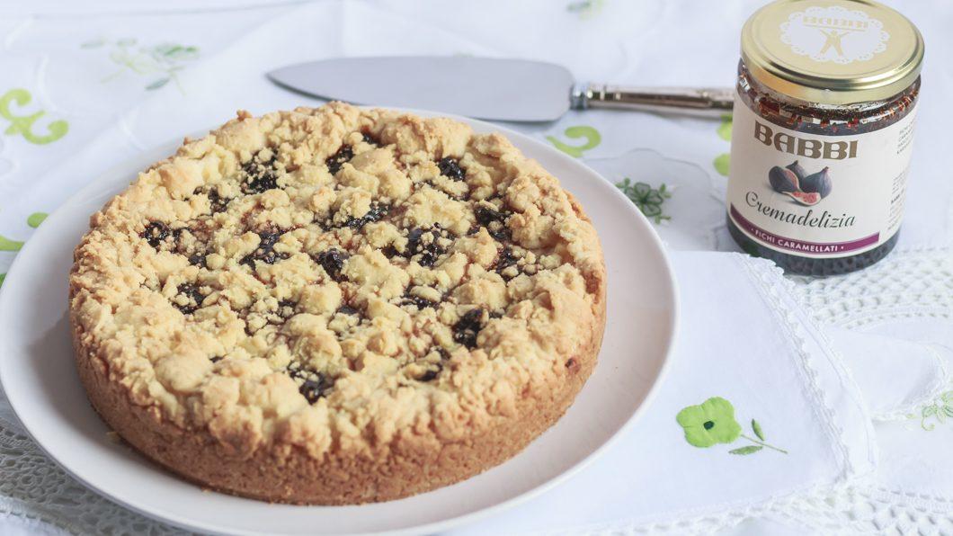 Drobenkový koláč z ricotty a Cremadelizia z karamelizovaných fíků