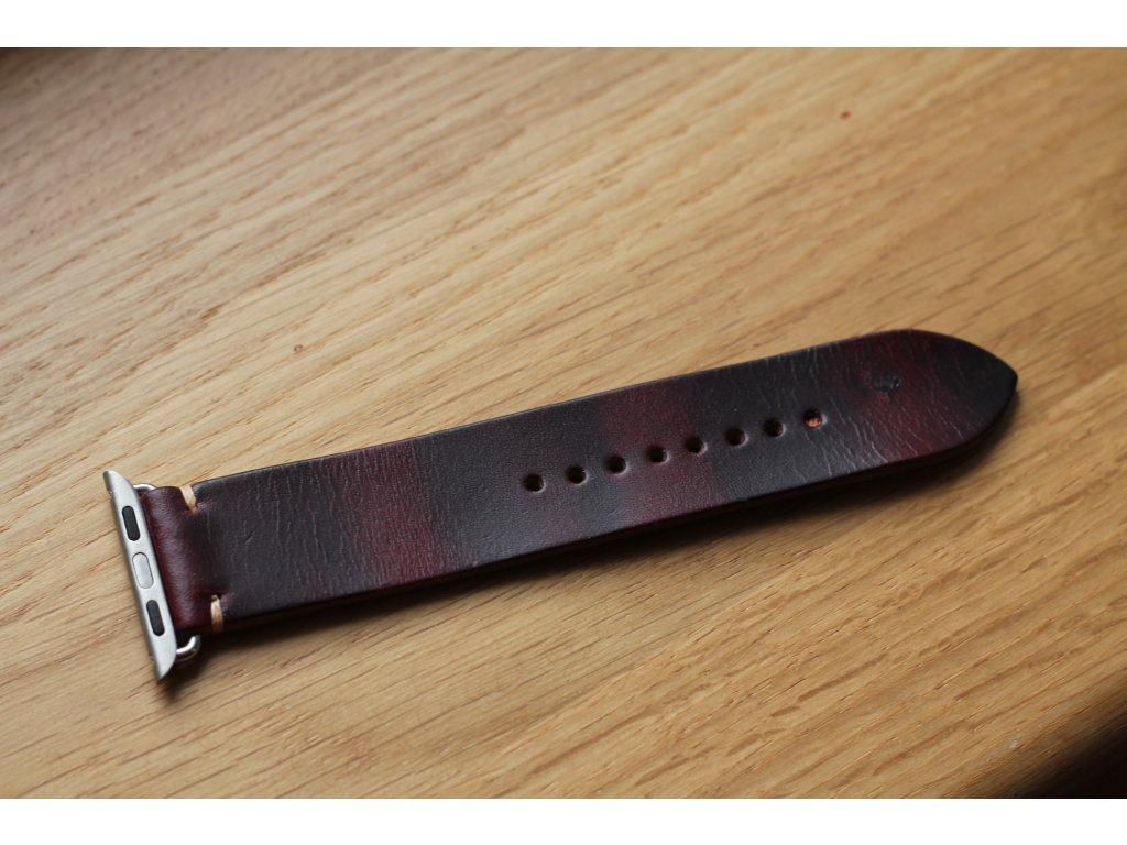 Ručně šitý kožený řemínek pásek apple watch ruční práce Horween chromexcel