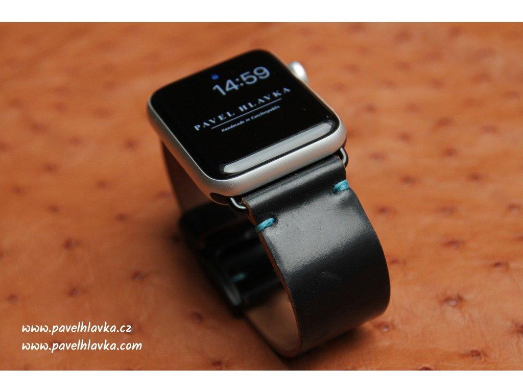 Ručně šitý kožený řemínek pásek apple watch shell cordovan ruční práce black
