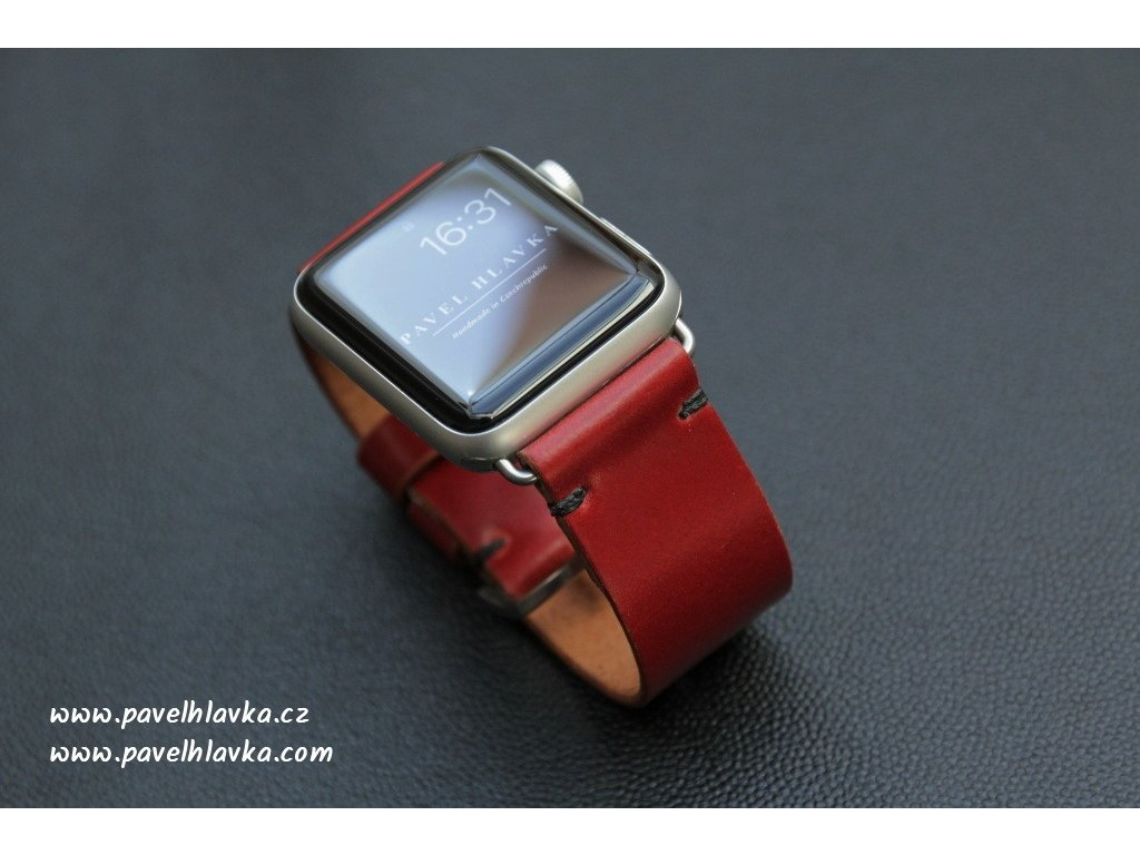 Ručně šitý kožený řemínek pásek apple watch shell cordovan ruční práce červená
