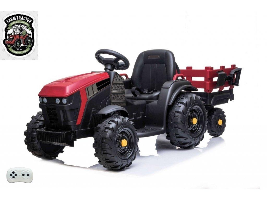 Farmářský traktor s vlekem čv 2