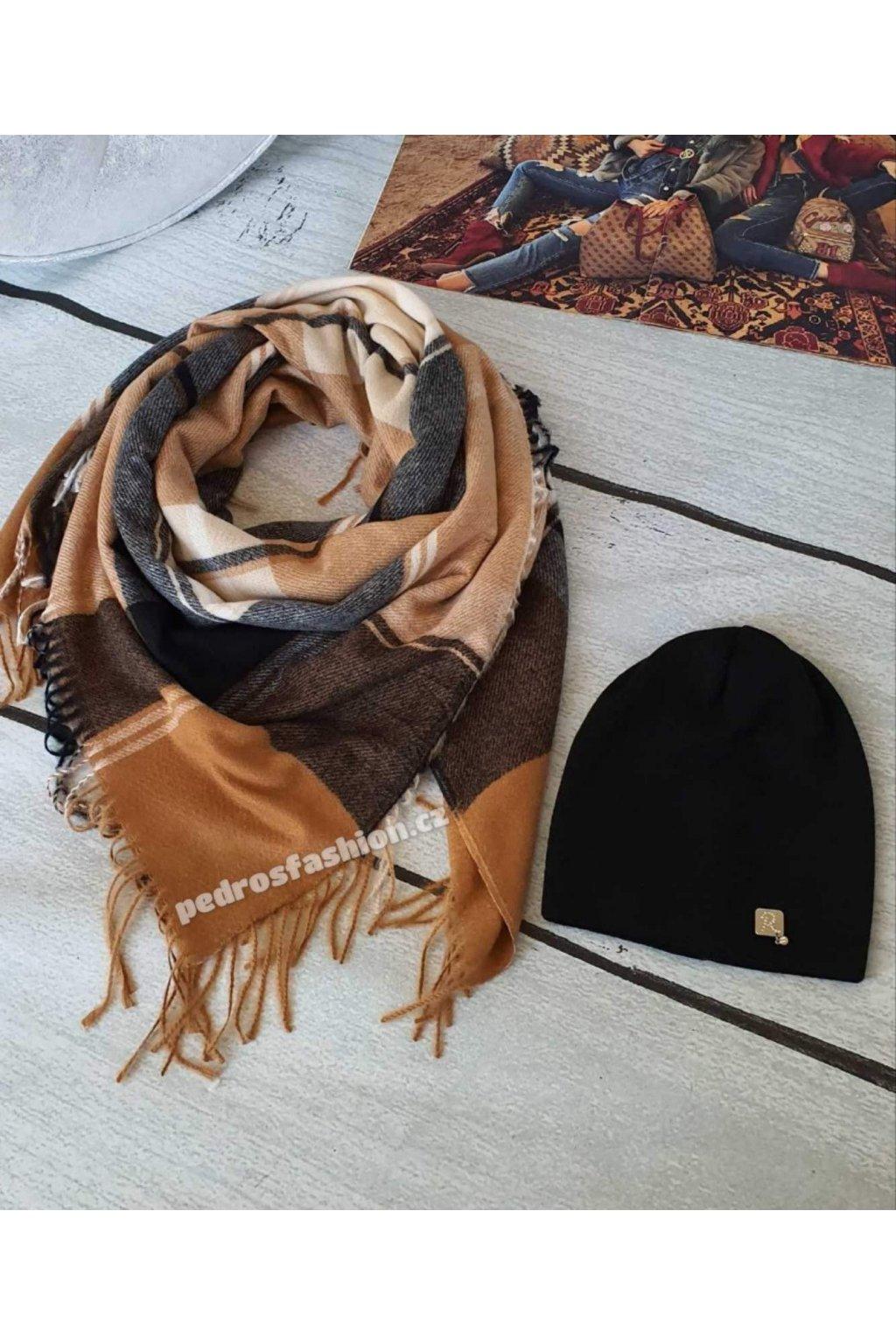 Sladěný set šátku a čepice v kombinaci hnědé, béžové, a černé barvy