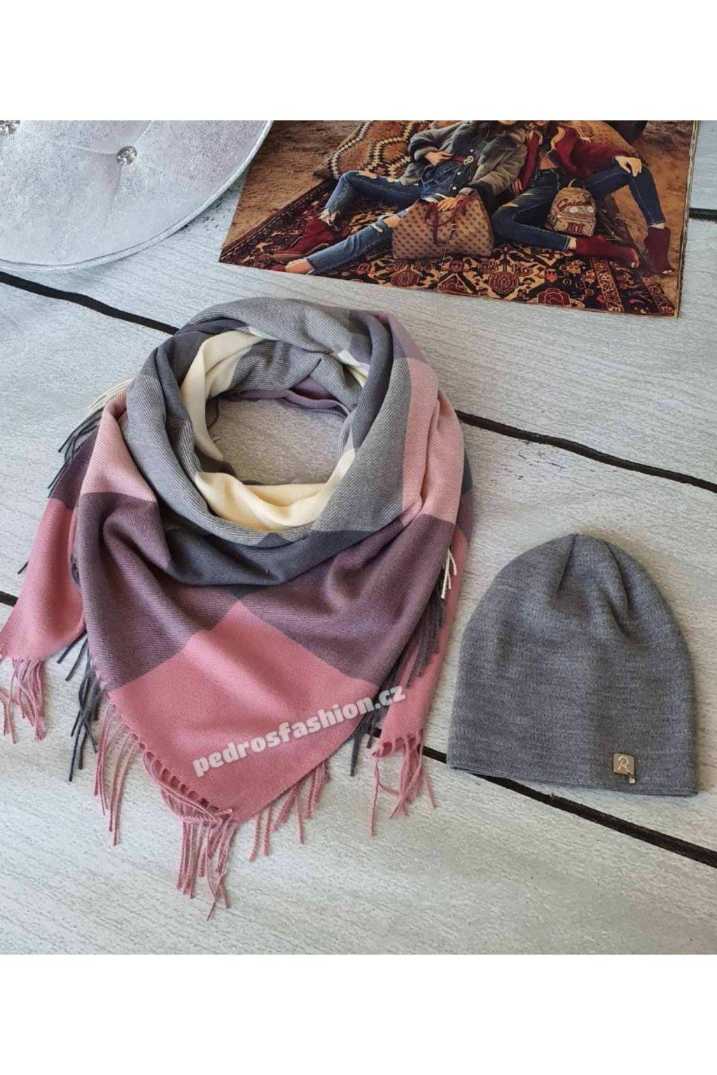 Sladěný set čepice a šátku v kombinaci šedé a růžové barvy