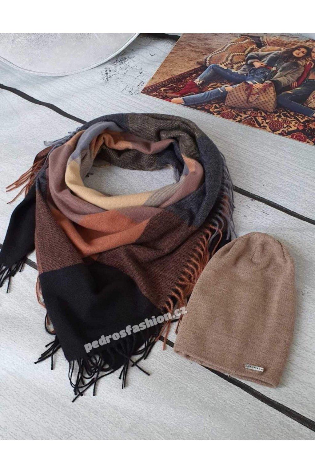 Sladěný set čepice a šátku v kombinaci hnědé s černou barvou 2