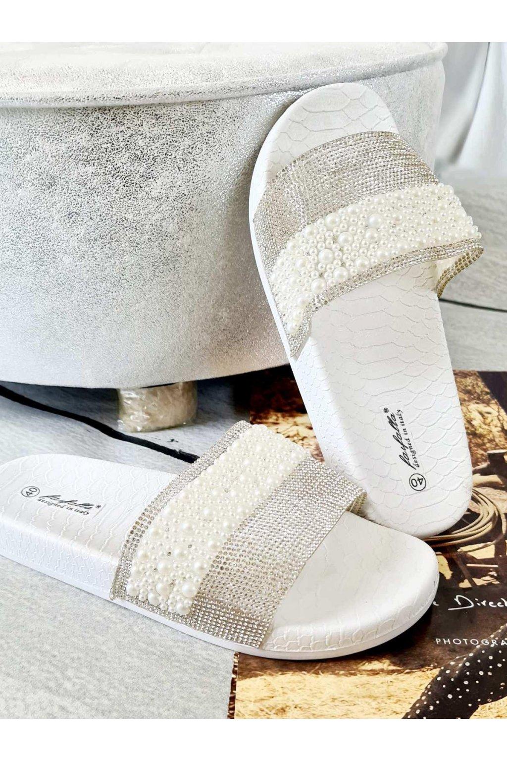 patofle perla bílé letní trendy (1)