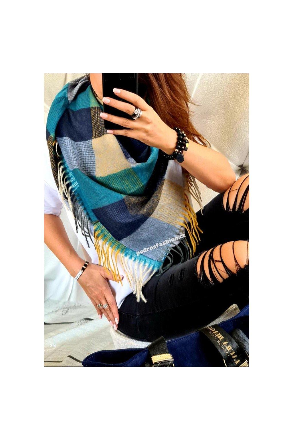 šátek smile modrý čtverec teplý hřejivý