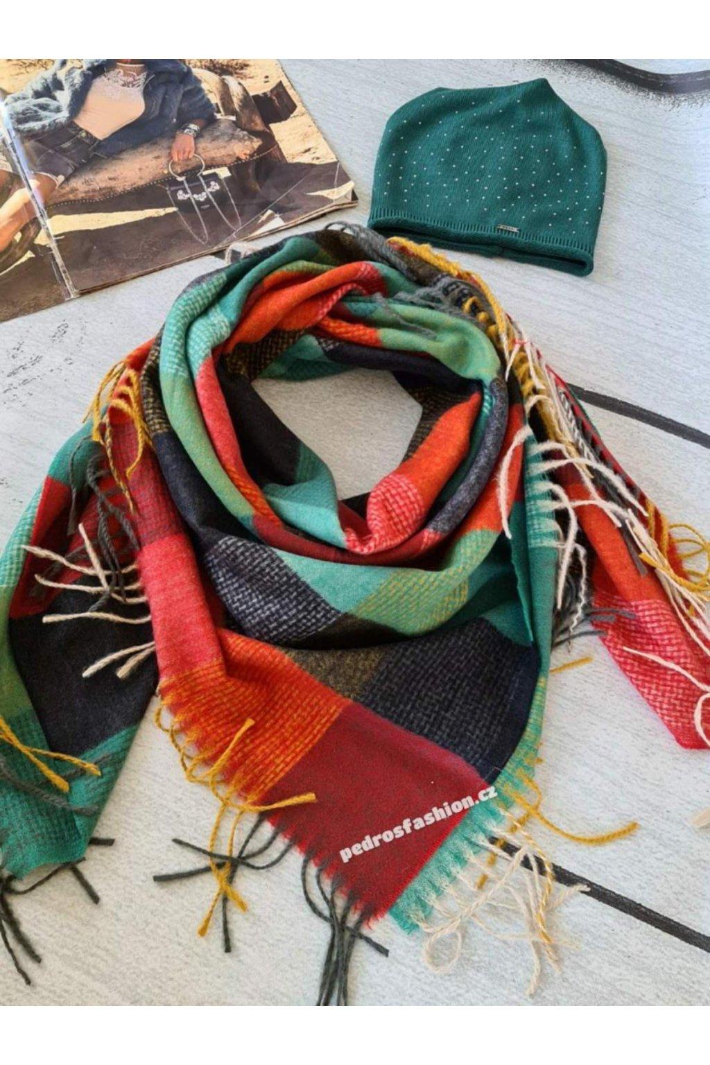 Sladěný set čepice a šátku červený zelený