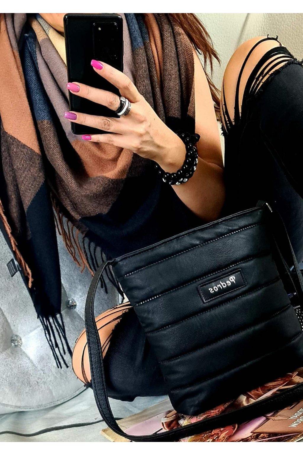 sladěný set kabelky crossbody a maxišátku dárkový set černý
