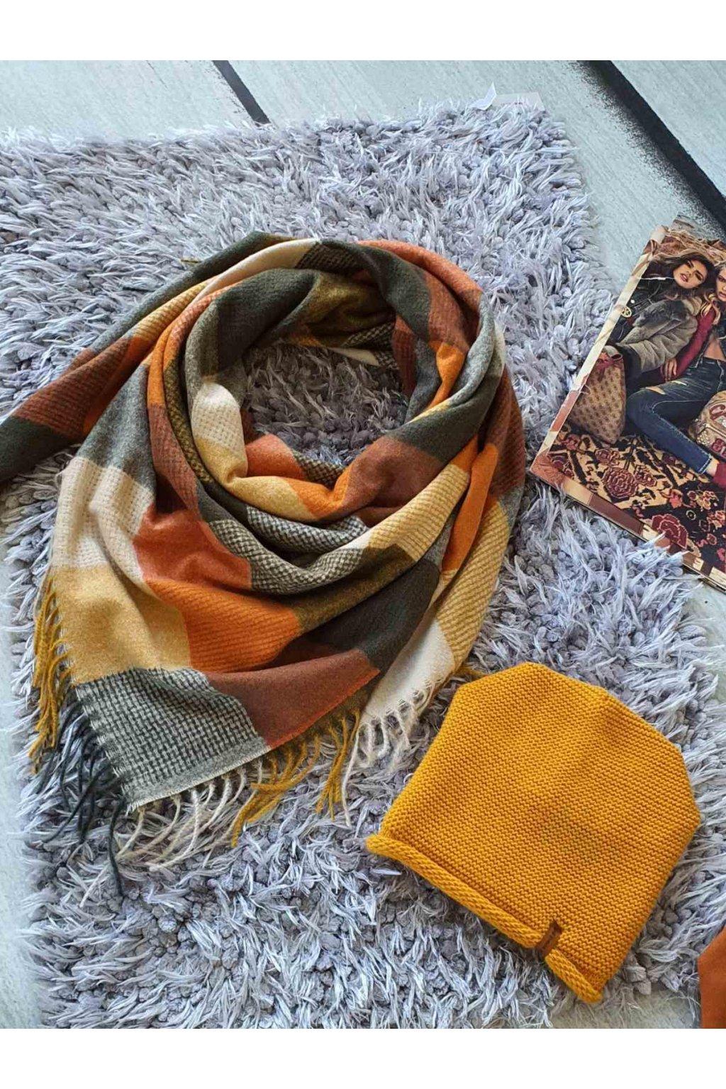 sladěný set kabelky a šátku v hořčicové a koňak barvě tip na dárek vánoce