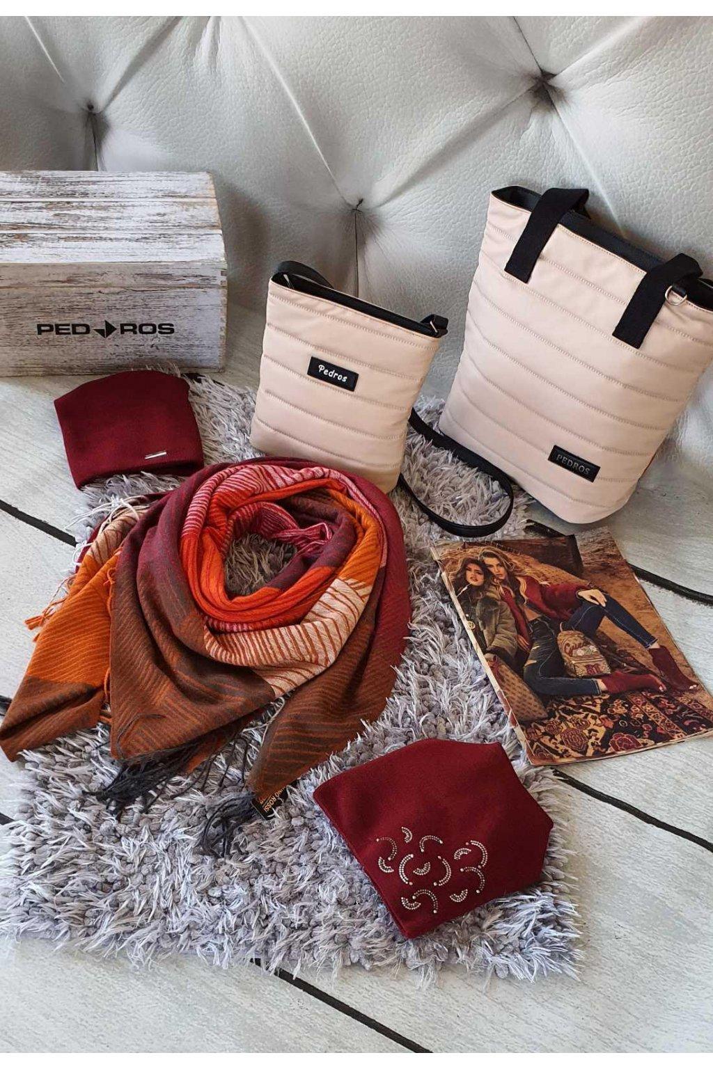 sladěný set kabelek a šátku s čepicí béžovobordó
