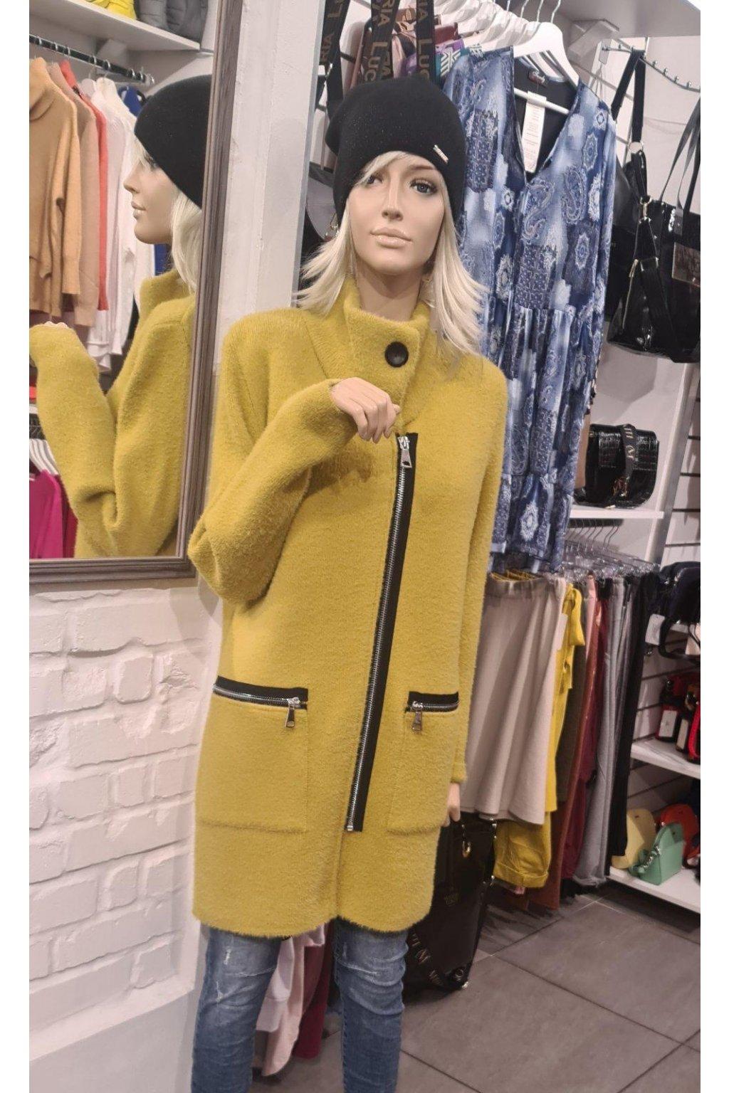kabát žlutý dlouhý