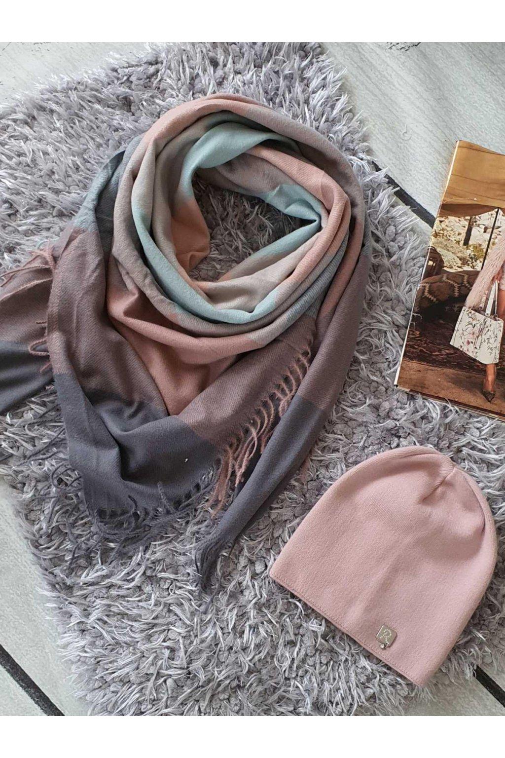 sladěný set čepice a maxišátku tip na dárek do růžova do mentolové barvy