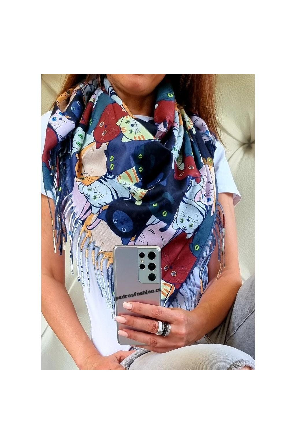 šátek kočka modrý trendy šátek kašmír