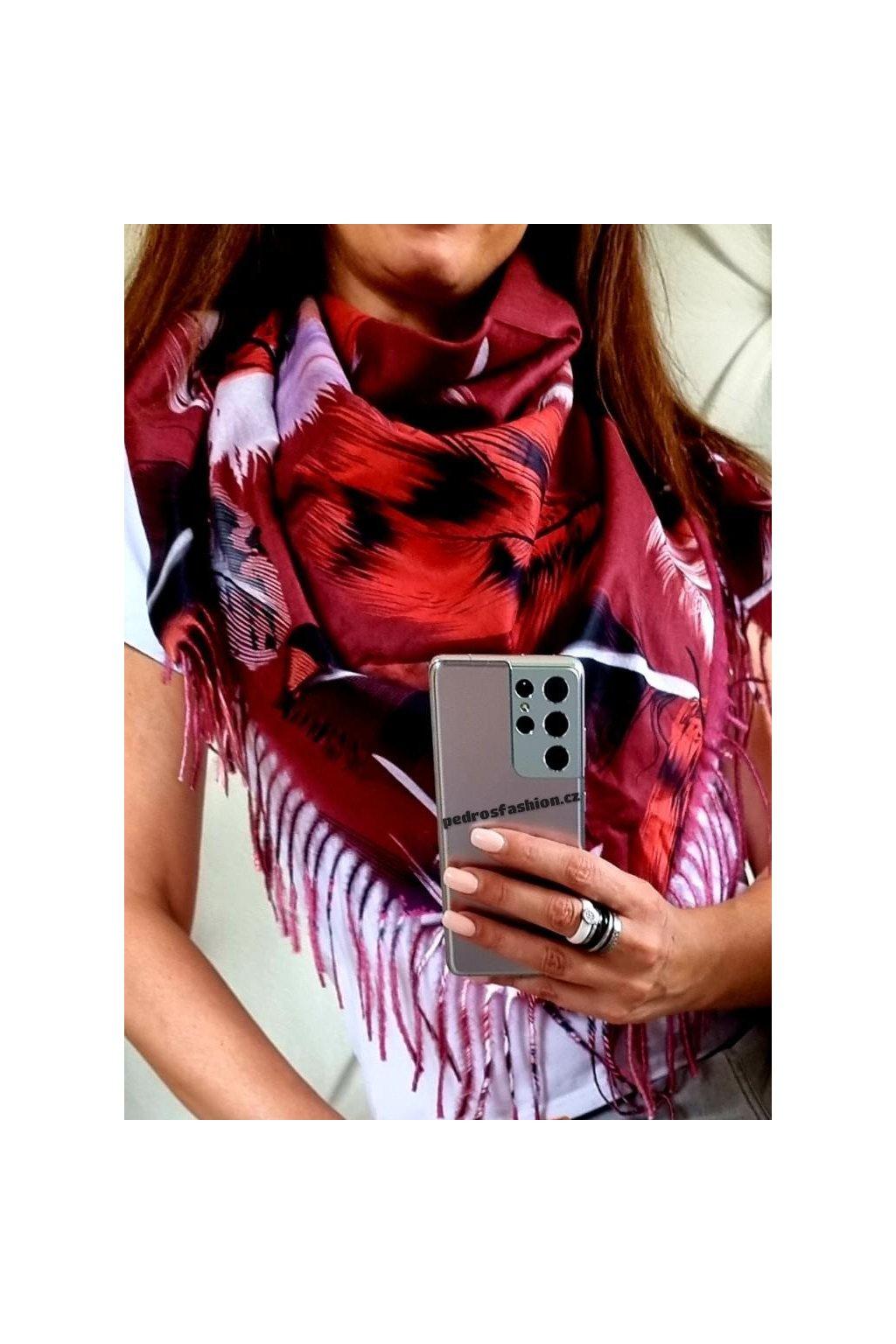 šátek trendy kašmír potisk peří bordó