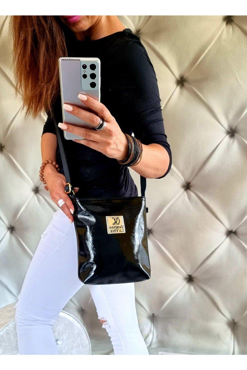 kabelka crossbody značková luxusní trendy vittoria lucca lak černá