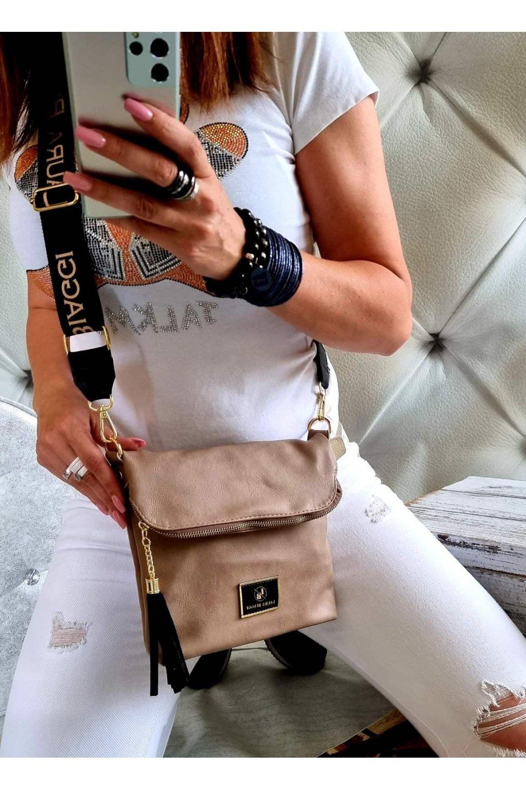 crossbody luxusní značková kabelka laura biaggi béžová klopna