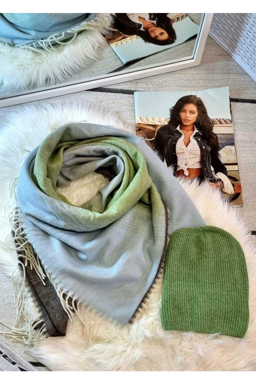 sladěný set čepice a šátku oboustranného do světle zelené barvy tip na dárek