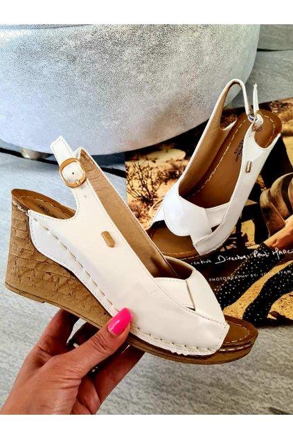 letní boty na klínku bílé odlehčenné