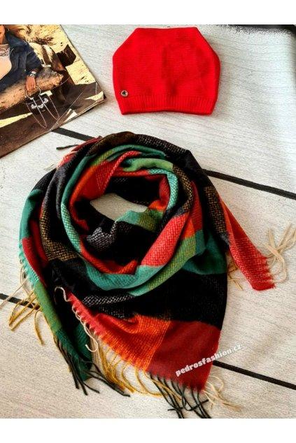 sladěný set čepice a šátku do červena